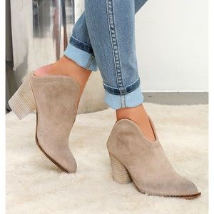 chinese laundry kelso heeled mule suede 116
